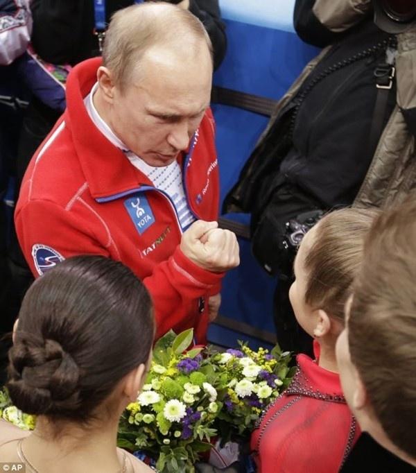 Thiếu nữ xinh đẹp 15 tuổi gây ấn tượng với tấm HCV Olympic Sochi 2