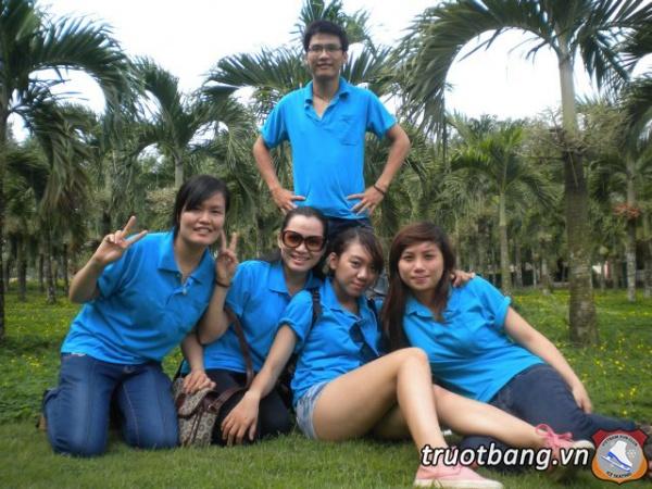 Ice skate tổ chức trại hè 2012 tại Thác Giang Điền 4