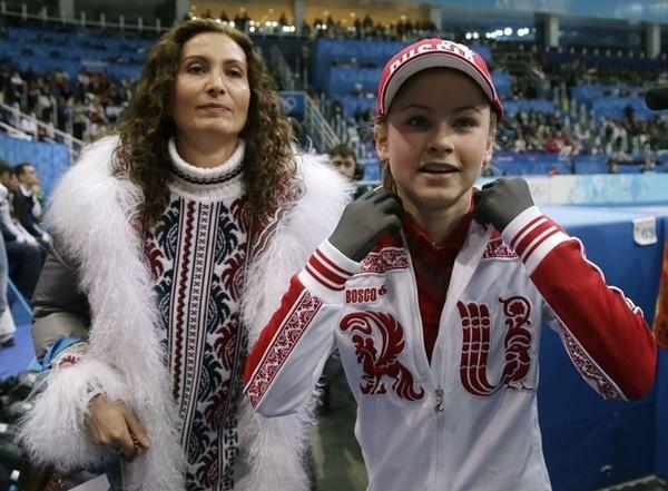 Thiếu nữ xinh đẹp 15 tuổi gây ấn tượng với tấm HCV Olympic Sochi 9