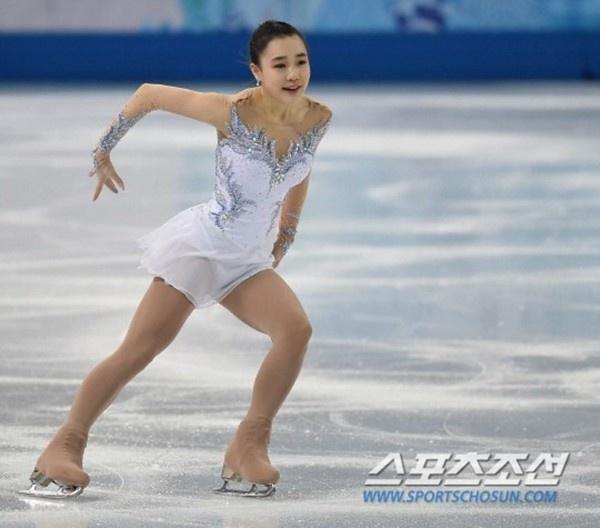 Ấn tượng với hot girl 17 tuổi của làng trượt băng Hàn Quốc 6