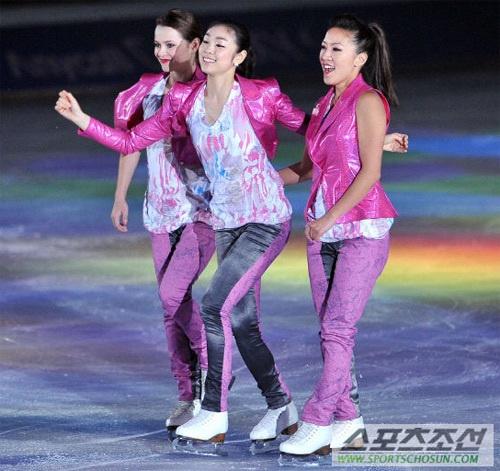 Kim Yu Na nhí nhảnh trên sân băng 4
