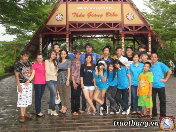 Ice skate tổ chức trại hè 2012 tại Thác Giang Điền 22