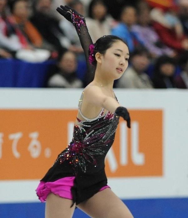 Thiên thần trượt băng Trung Quốc khoe ảnh tại Nhật Bản 4