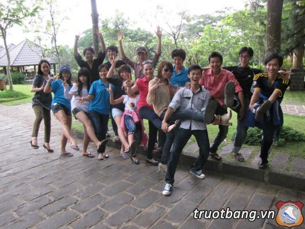 Ice skate tổ chức trại hè 2012 tại Thác Giang Điền 14
