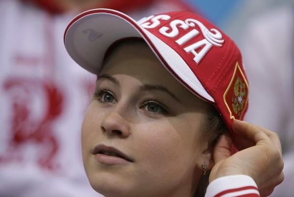 Thiếu nữ xinh đẹp 15 tuổi gây ấn tượng với tấm HCV Olympic Sochi 8