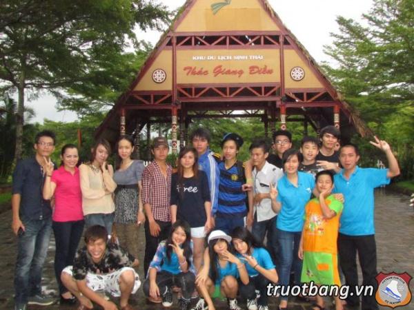 Ice skate tổ chức trại hè 2012 tại Thác Giang Điền 23