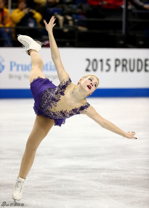 Vẻ đẹp rạng ngời của VĐV trượt băng nghệ thuật Gracie Gold 6